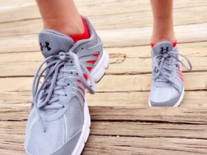best running shoes for turf toe