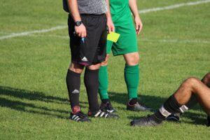Best Shoes For Soccer Referee